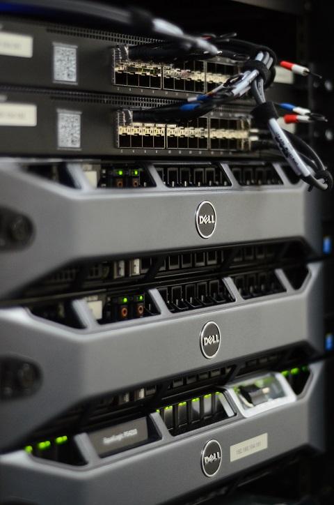 CR&T Dell Server Rack